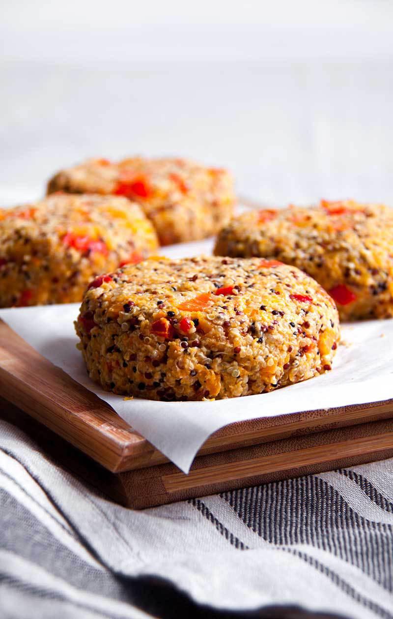 pompoen-quinoaburger-vegan-whole-foods-olievrij-02.jpg
