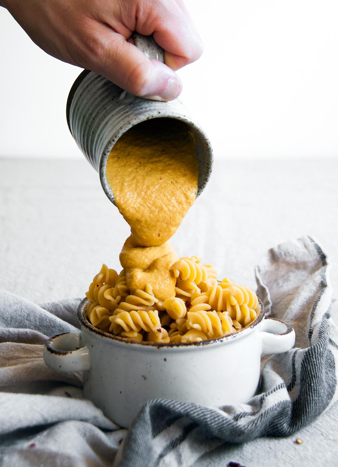 mac-cheese-pompoen-vegan-whole-foods-olievrij-notenvrij-glutenvrije-optie-02.jpg