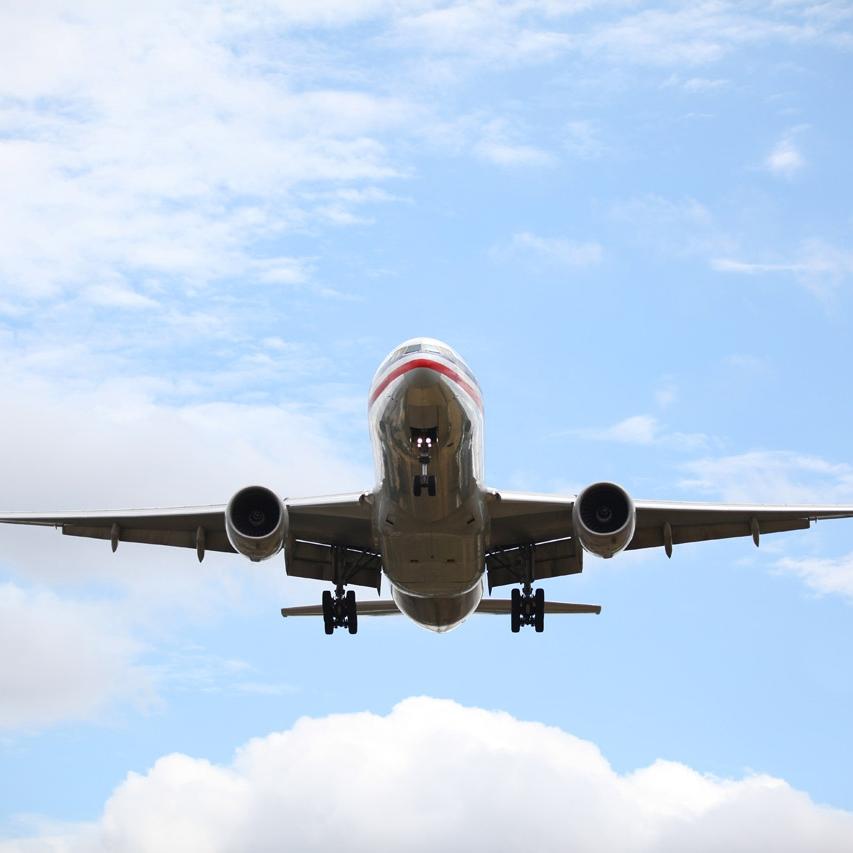 airplane-landing-1.jpg