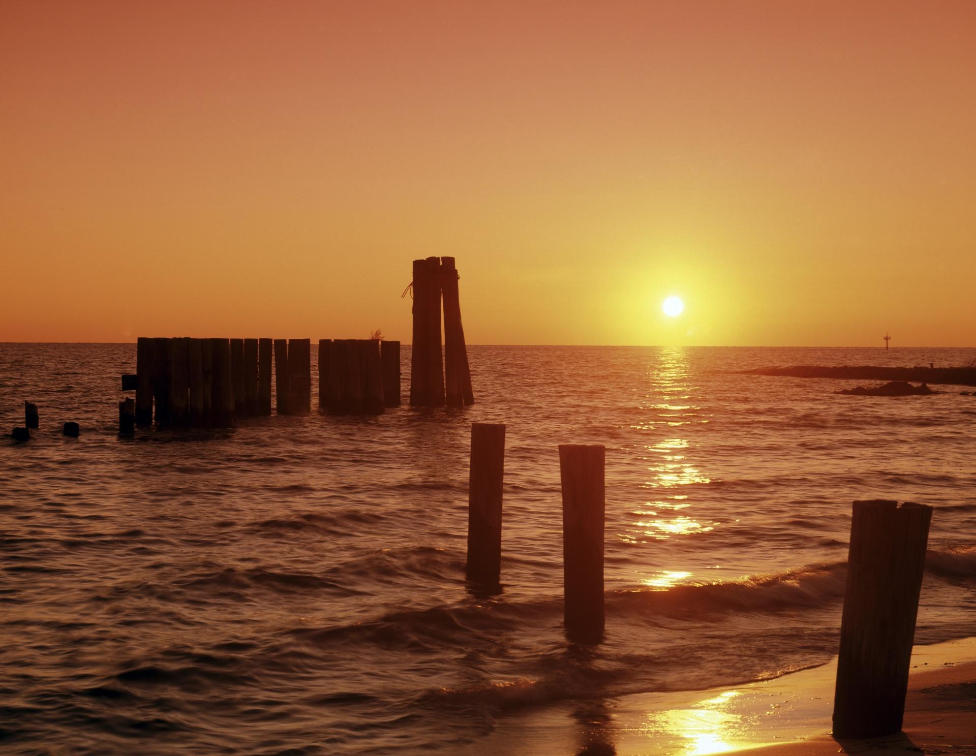 sunset-over-chesapeake-bay.jpg