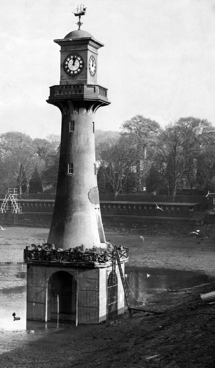 When the lighthouse was built at Roath Park, the lake was drained for the foundations to be built. Now they remain completely submerged under the water.