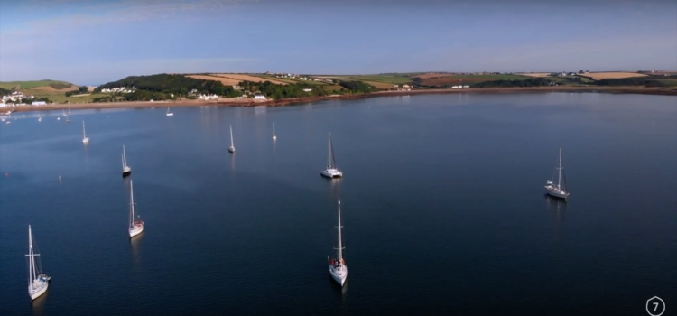 That's our boat in the centre at the front of the shot! Beautiful day, isn't it?