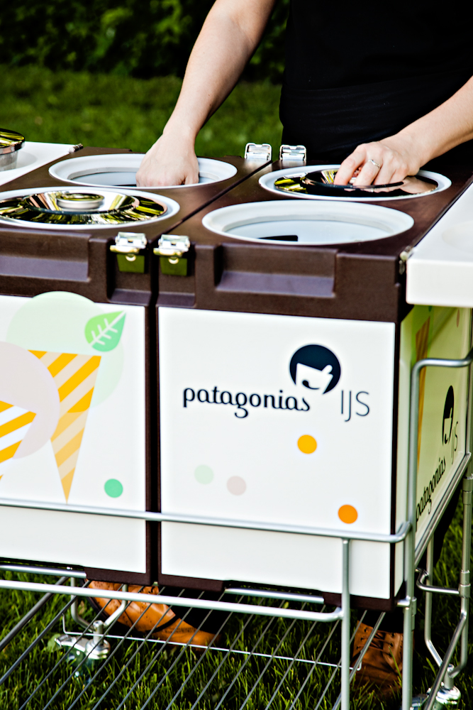 Patagonias_IJS_Amstelveen_Gelato-box_hands.jpg