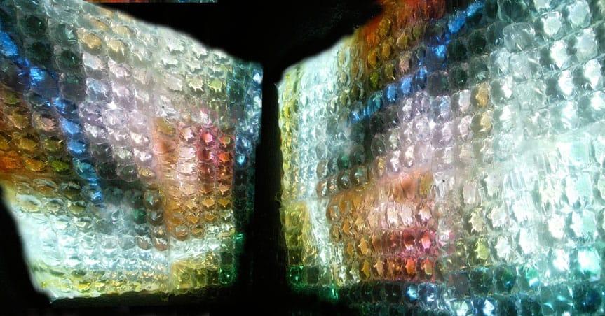 From Tthe tears- Proyecciones sobre bolsas de agua .jpg