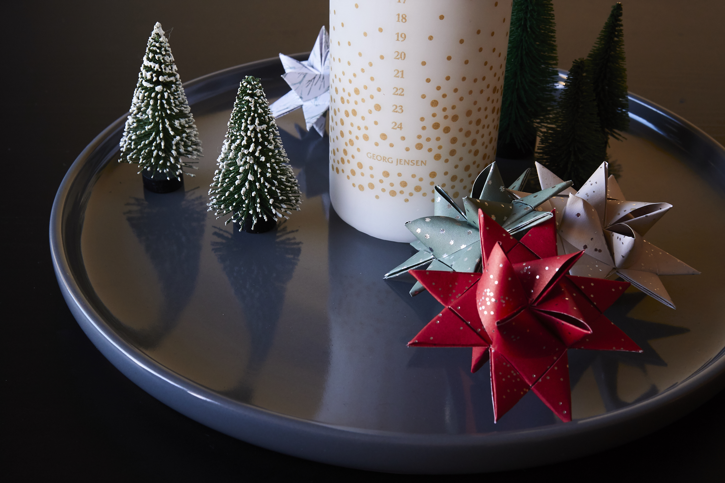 Paper Christmas Stars (Julestjerner) - the paper stars make great Christmas decorations | In Carina's Kitchen