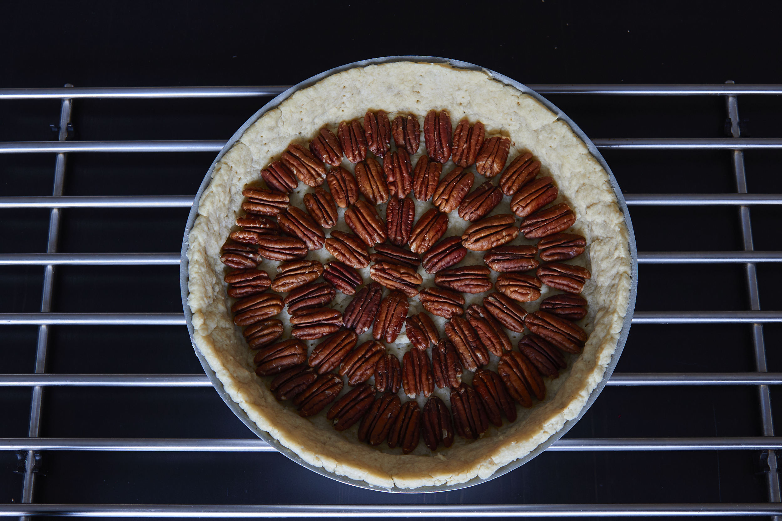 Perfect Pecan Pie - perfectly arranged pecans | In Carina's Kitchen
