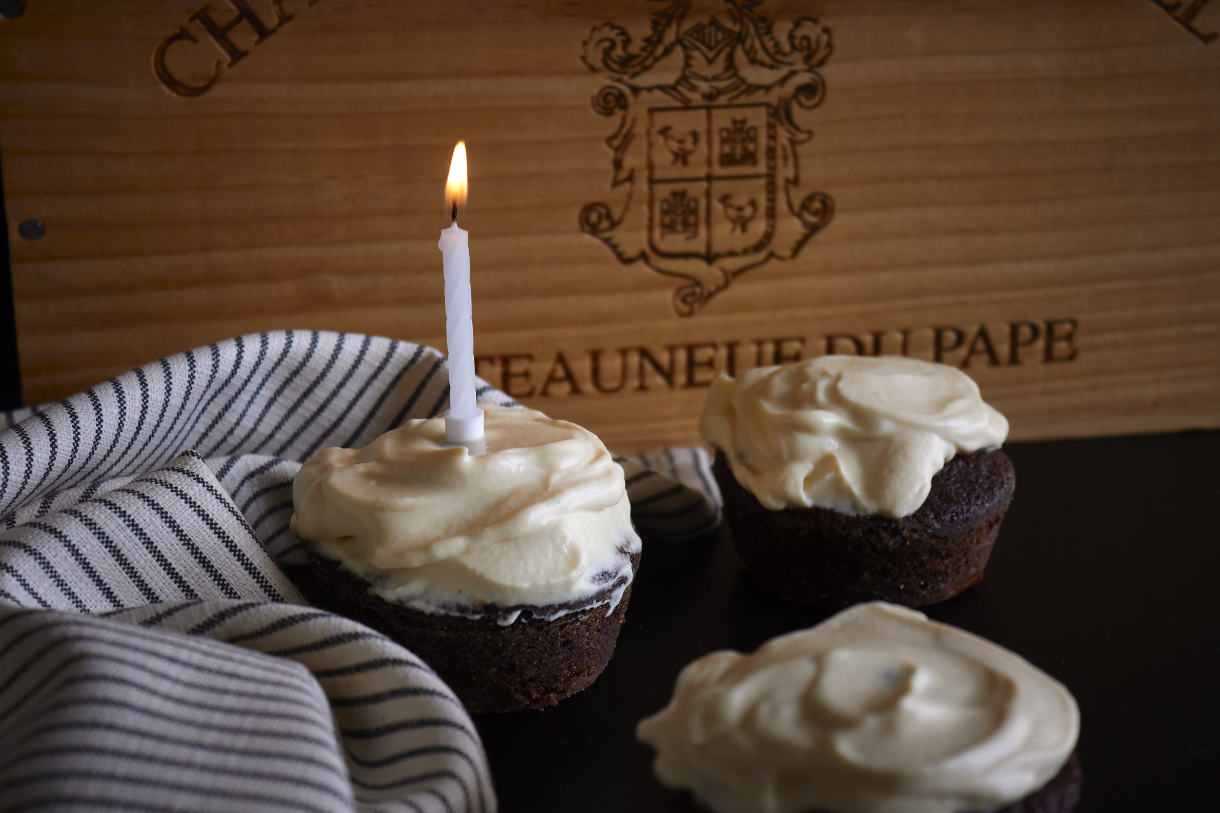 Chocolate & Guinness Cupcakes with Bailey's Frosting - these are great for birthdays and celebrations | In Carina's Kitchen