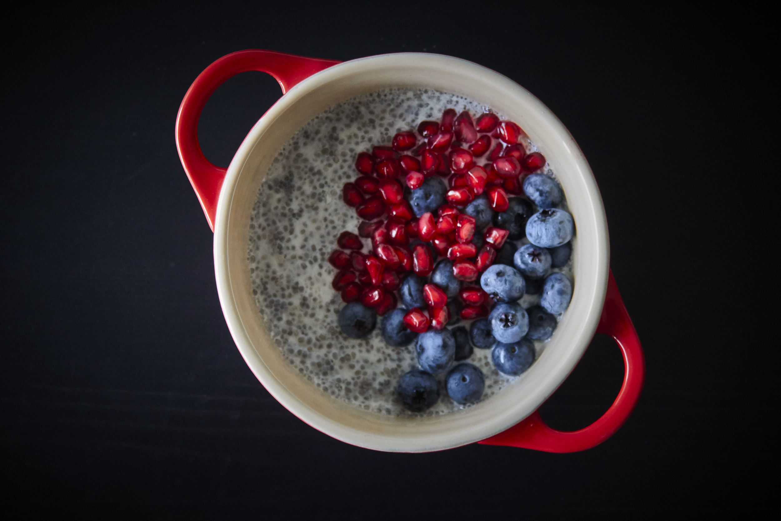 Basic Chia Seed Pudding - with pomegranate seeds and blueberries | In Carina's Kitchen