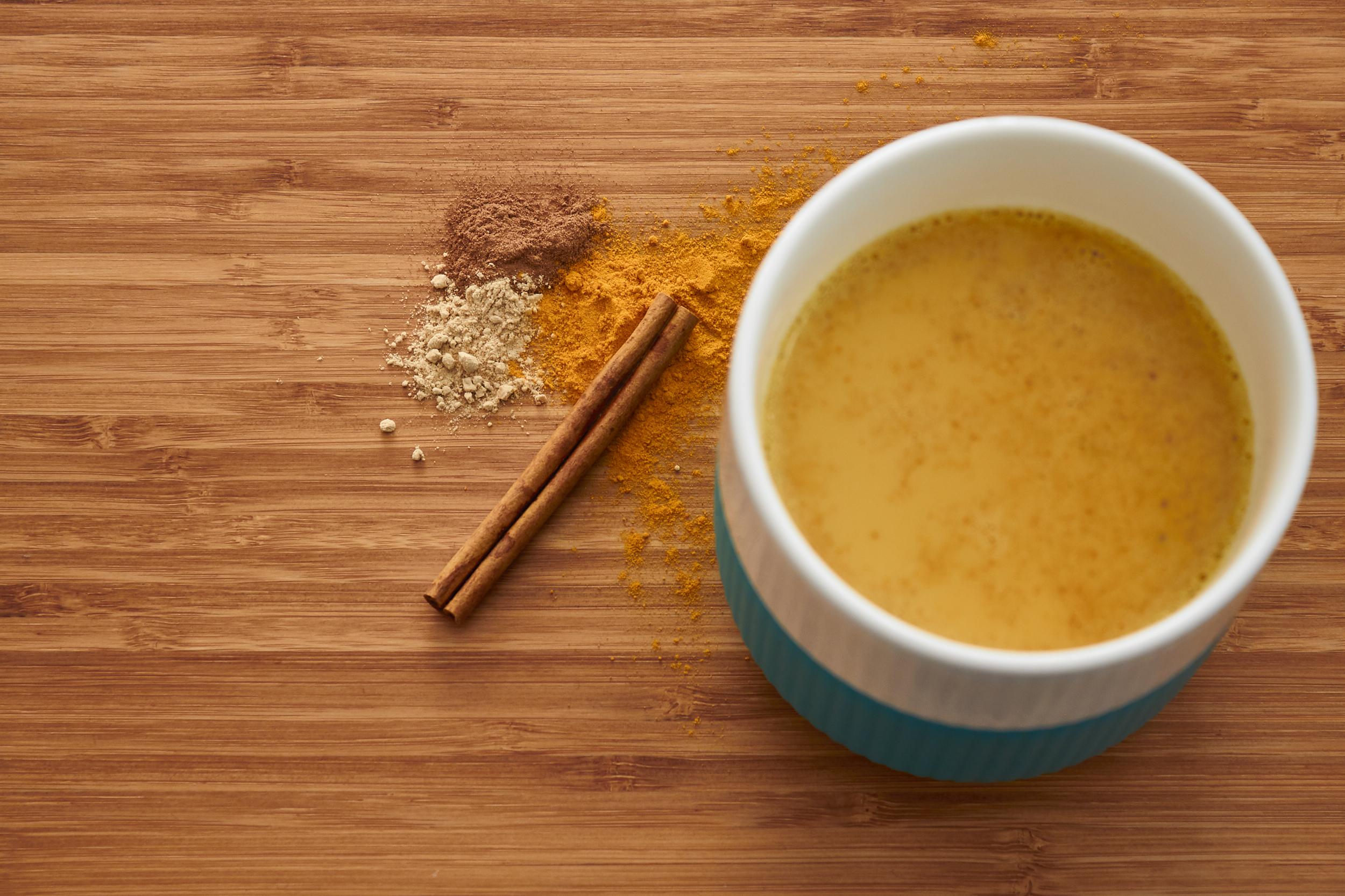 Golden Milk Turmeric Latte (using turmeric powder) | In Carina's Kitchen