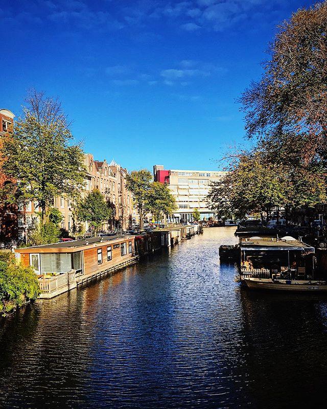 """#tbt Amsterdam—ou, """"A viagem fantasma que nunca aconteceu pois não passou pelo Stories."""""""