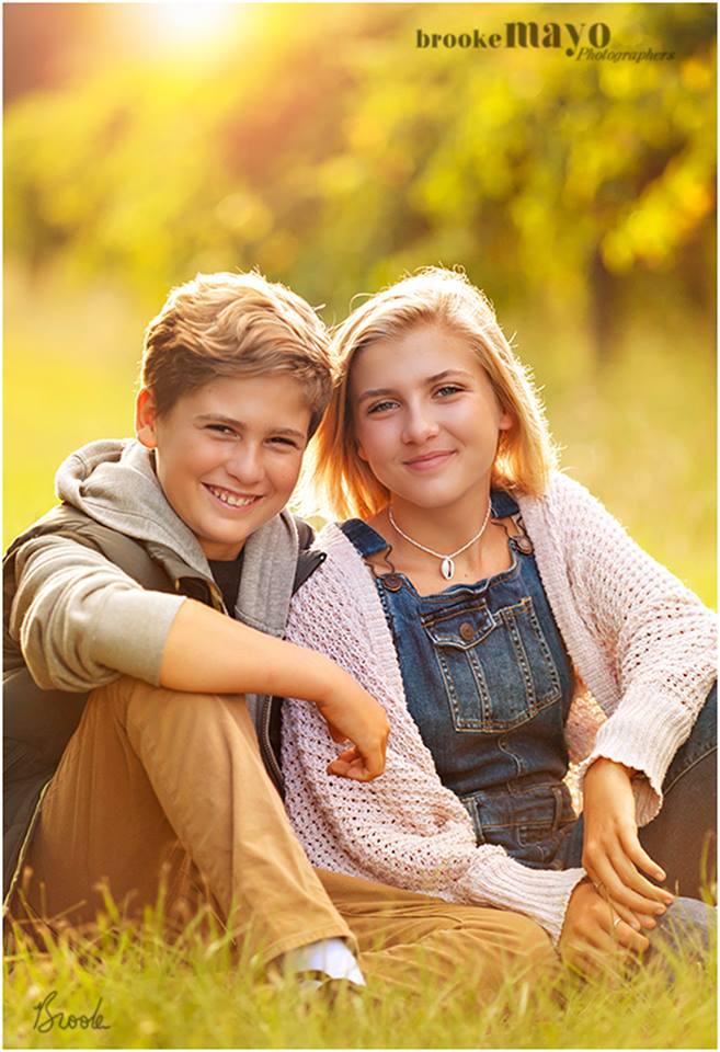 Teen Sibling Portrait Ideas