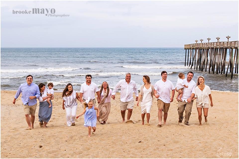 beach family reunion portrait