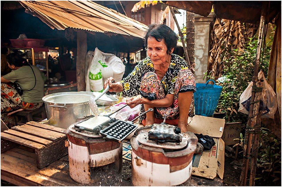 siem reap street vendor