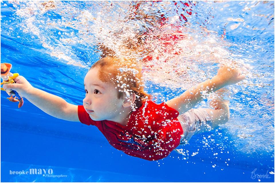 OBX underwater photograher