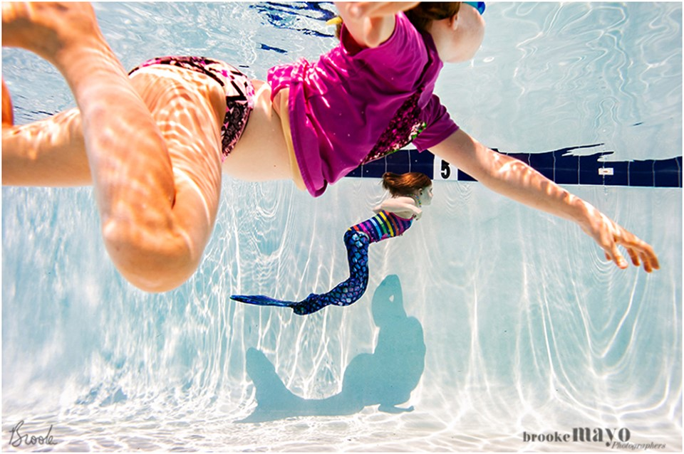 underwater kid photography