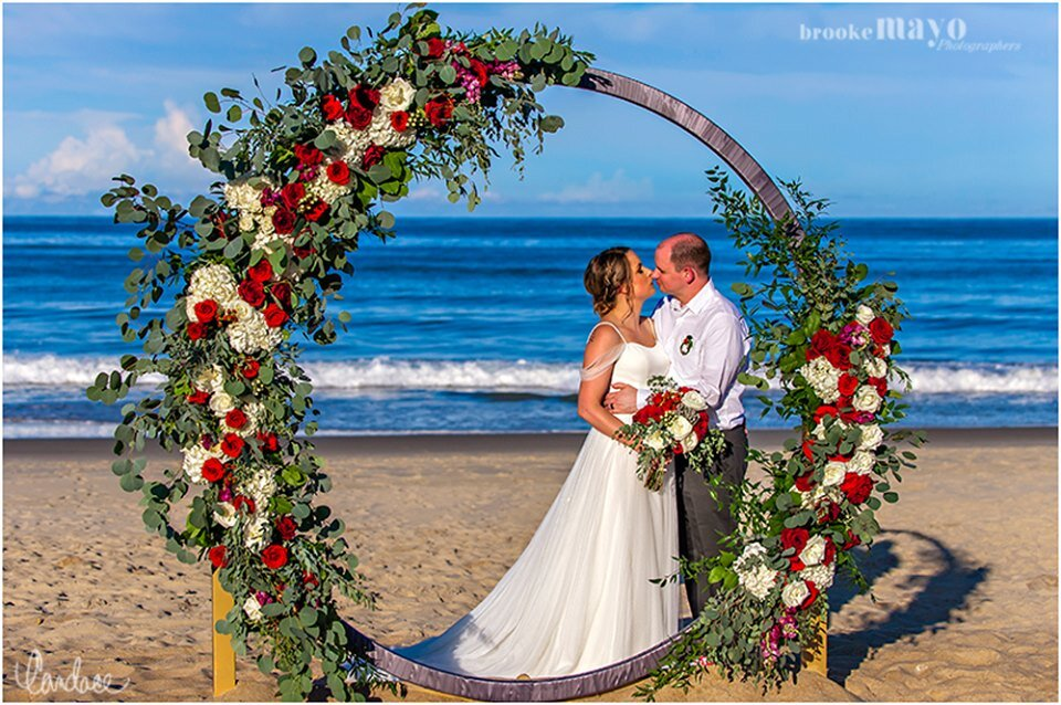 Holiday House Weddings OBX