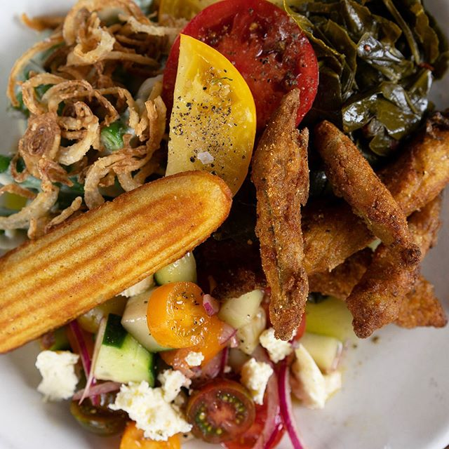 Southern Vegetable Plate always different and always delicious!  Available every Wednesday.  #southmainkitchen . . . . . . #alpharetta #alpharettaga #hungry  #food #foodie #foodporn #tasty #eating #fresh #foodgasm #instagood #atlfoodies #instafood #hotlanta #coolatlanta #awesomealpharetta #southernfood #southerncomfort