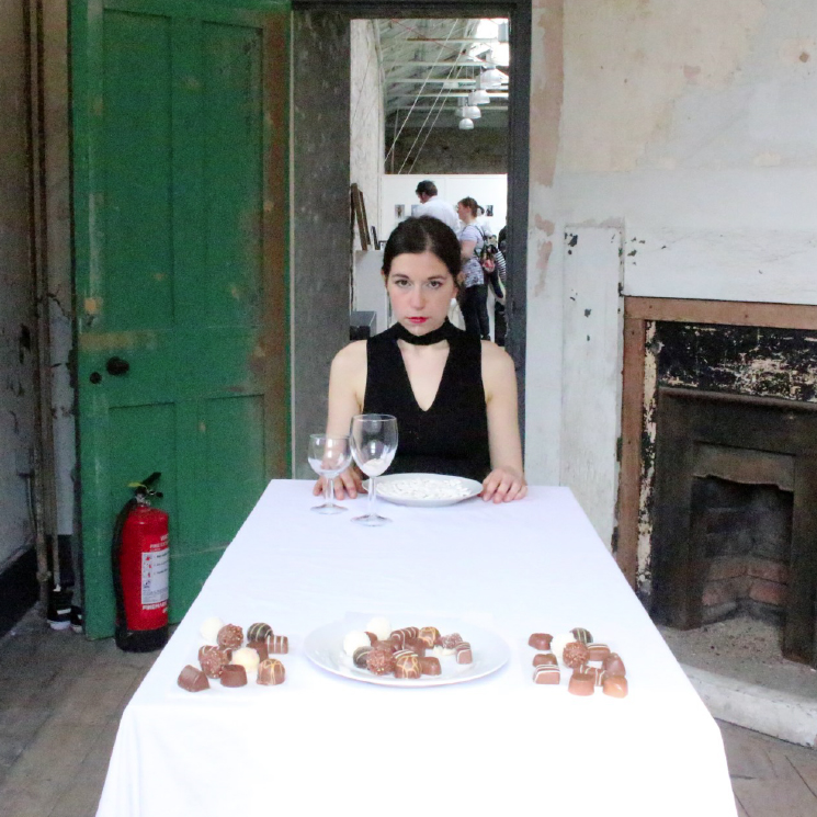 Louise Riou-Djukic, [sEAT] Come dine with me