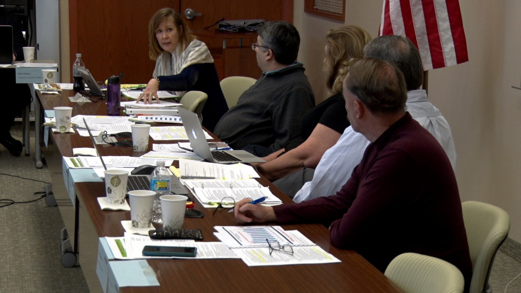 Committee Deliberating