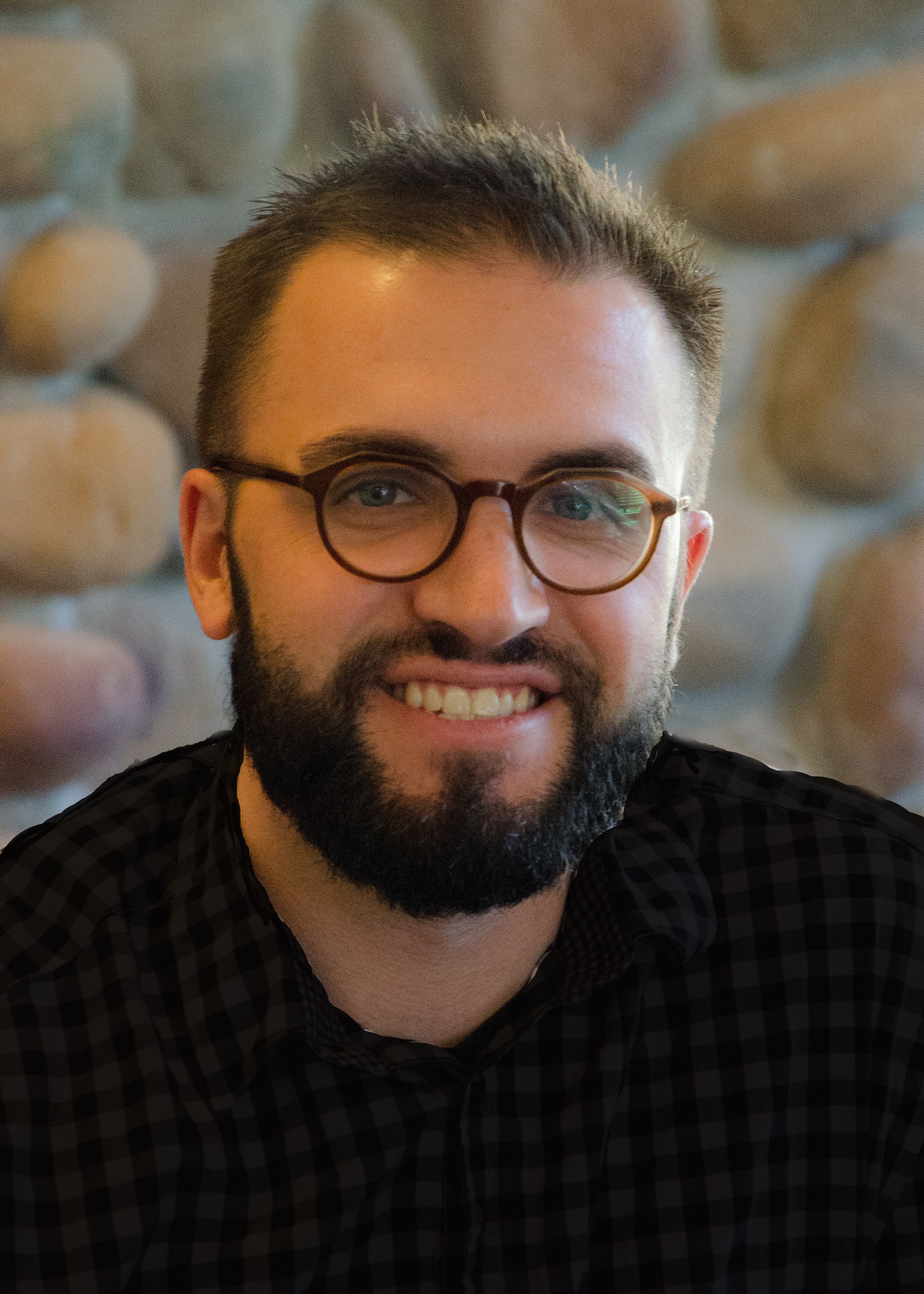 Jonathan Umbriaco - Jonathan Umbriaco is a Associate Clinical Mental Health Counselor (ACMHC) and graduated with his Masters in Mental Health Counseling. He works with individuals and couples and leads groups for men.
