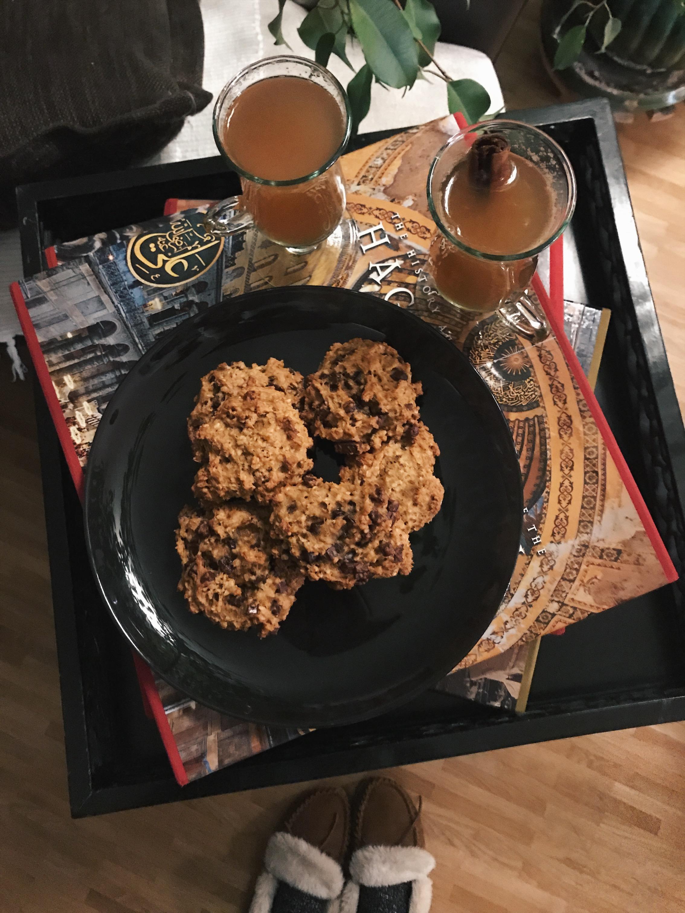 pumpkin cookies warm whisky.jpg