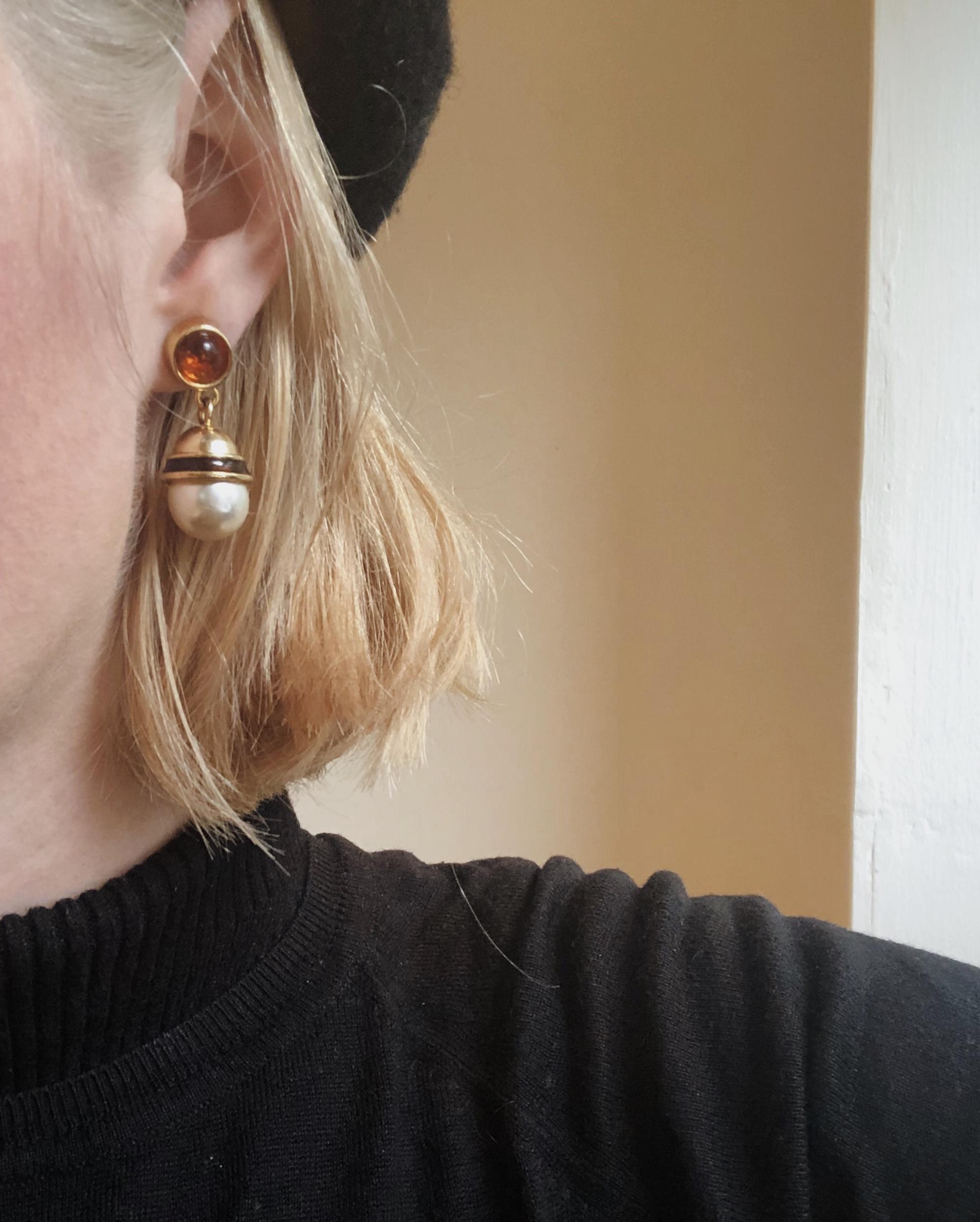 Mary Hitchman Hair and Back Again — Bleach Tips and Tricks The Attic on Eighth 3.jpg