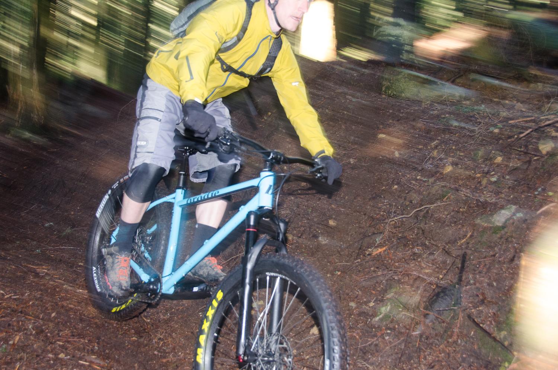 ClimbMax Flash blur.jpg