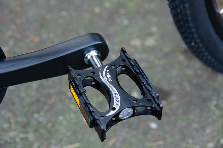 Ocho pedal.jpg
