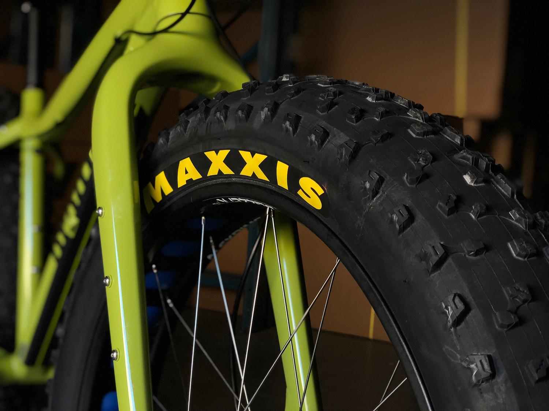 bigshot tire close up.jpg