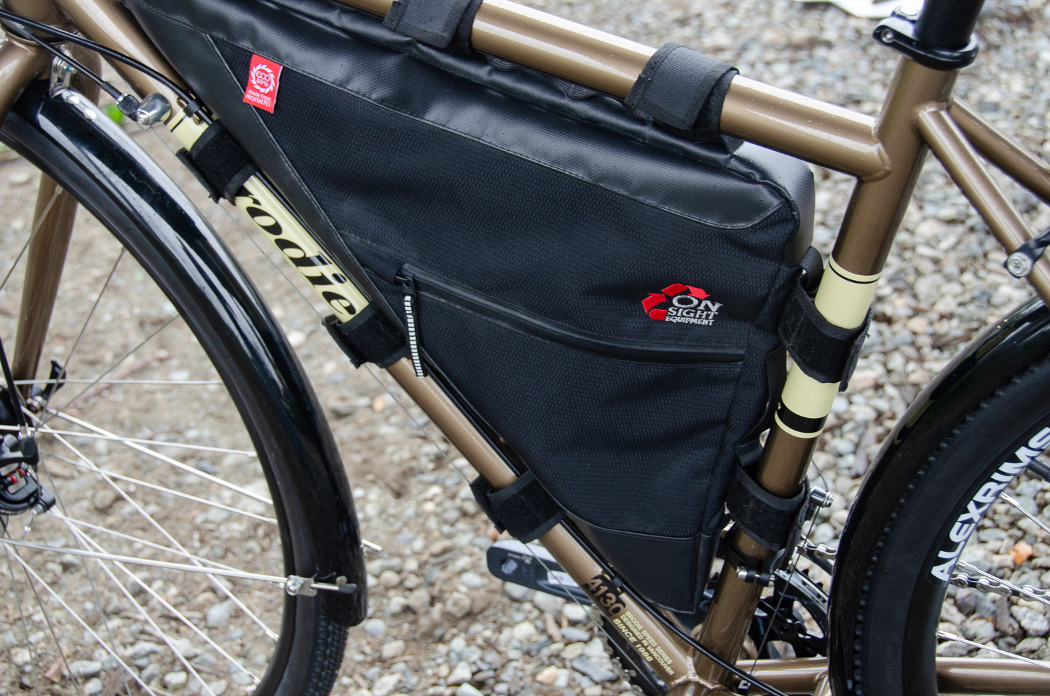 Elan with ONSight frame bag.jpg