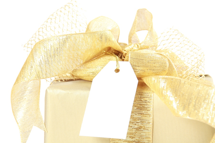 bigstock-Golden-Christmas-Gift-Box-With-23230115.jpg