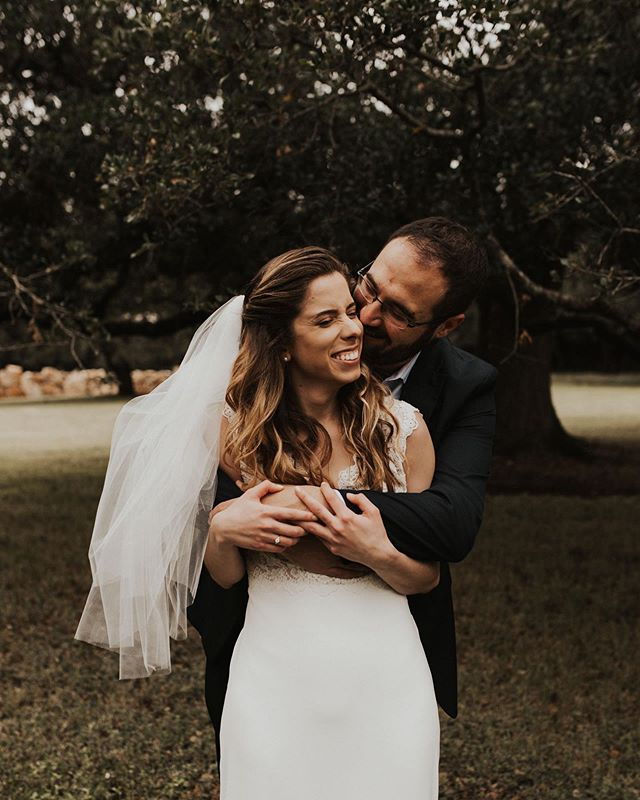 Some snuggles for your Saturday! Off to Kristy and Gregg's wedding today, thankful for the cloud cover it's taking the edge off this Texas heat . . . . . . . #austinweddingphotographer  #austinphotographer #denverweddingphotographer #denverengagementphotographer #denverphotographer #austinengagmentphotographer #wanderingweddings #belovedstories #heywildweddings #elopementphotographer #coloradophotographer #coloradoweddingphotographer #elopementphotography #loveandwildhearts #muchlove_ig #weddingpioneer #temeculaweddingphotographer #dallasweddingphotographer #dallaswedding #austinwedding #travelblogger #travelphotographer #destinationweddingphotographer #destinationwedding #theweddingpic #weddingphotoinspiration @weddingwire @brideside @theknot @authenticlovemag @weddingdayready @weddingchicks @weddingdream @theweddingpic @theweddingbliss