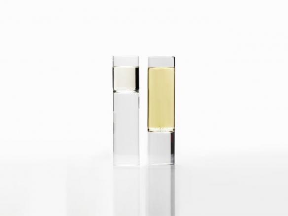 fferrone-champagne-glass-set-584x438-1.jpg
