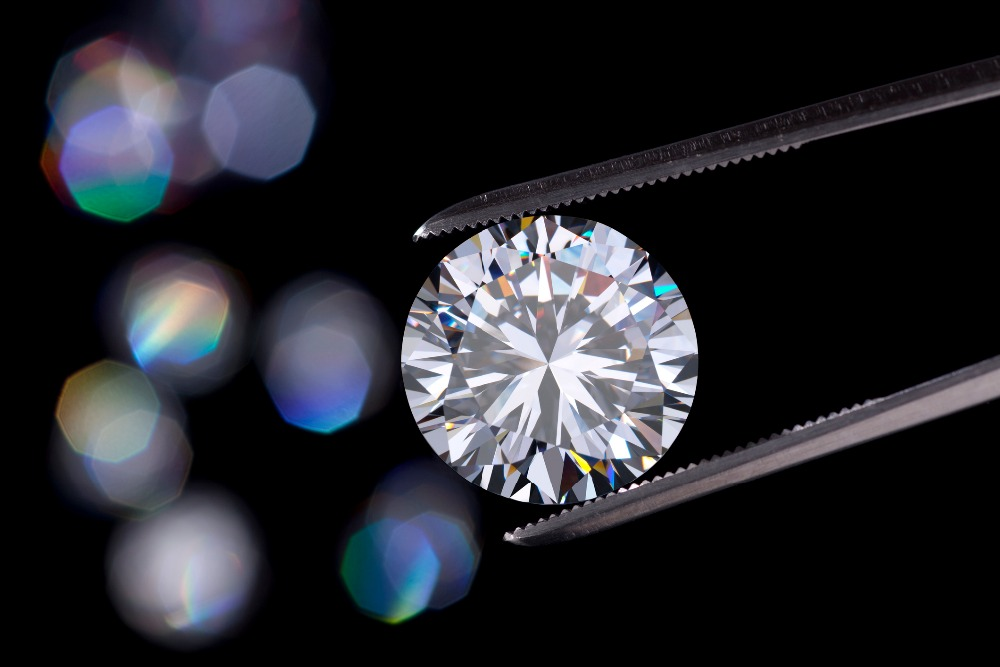 Polished-HPHT-lab-grown-synthetic-diamonds-CVD.jpg