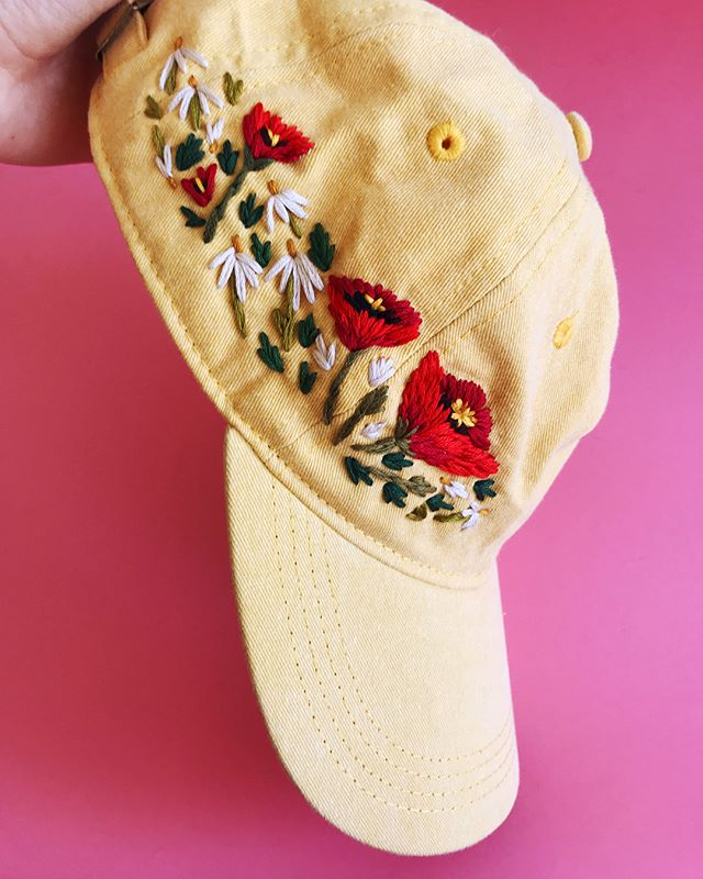 Poppy dudes on a yellow hat for the lovely @natbabbs 🐥🌼☀️✨#miremade #embroidery #dmcthreads