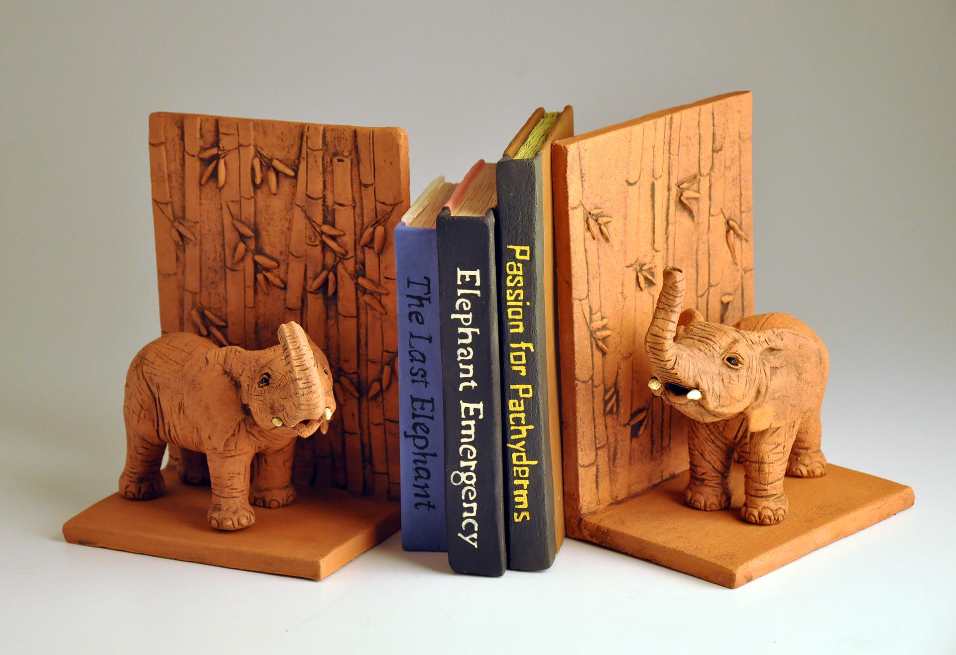 elephant book ends