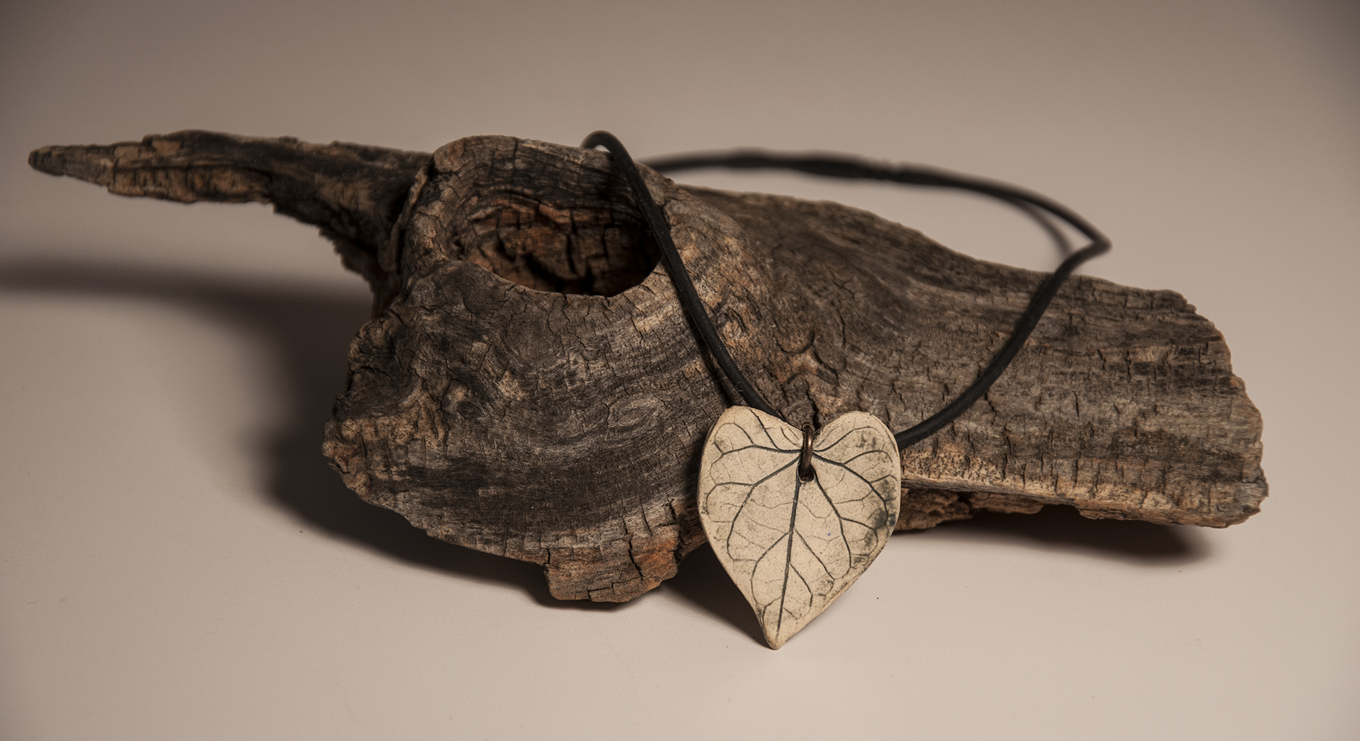 Heart shaped Leaf necklace
