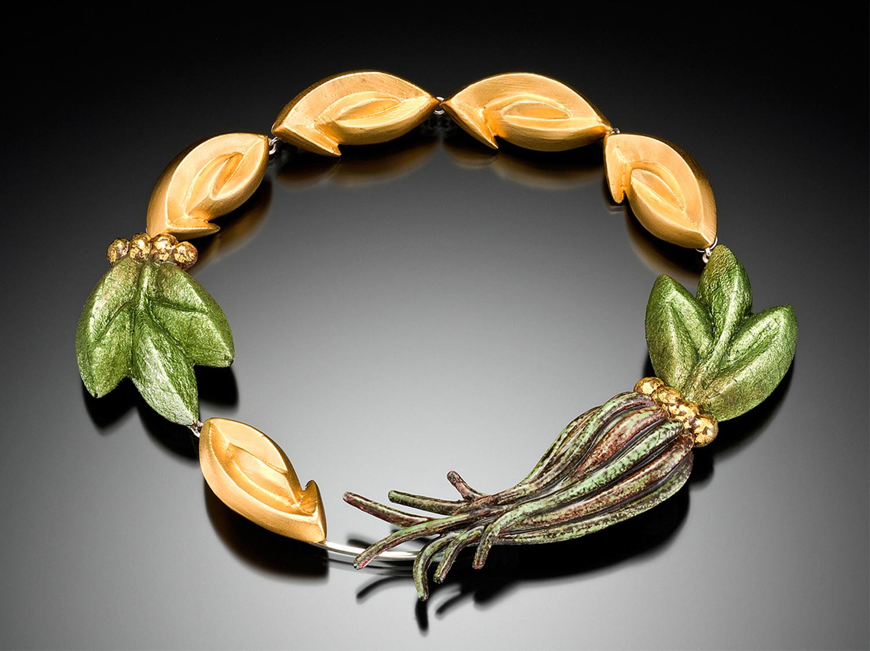 """Regal Crown"" Necklace"
