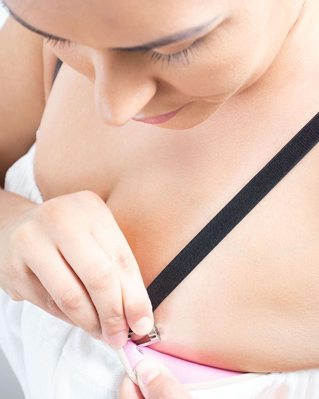 Broken bra straps or missing bra loops? Instantly add #PinStraps without needing to sew! Quick and easy to add to all your bras and or outfits simultaneously for the best support possible.  See how on our website in our bio.