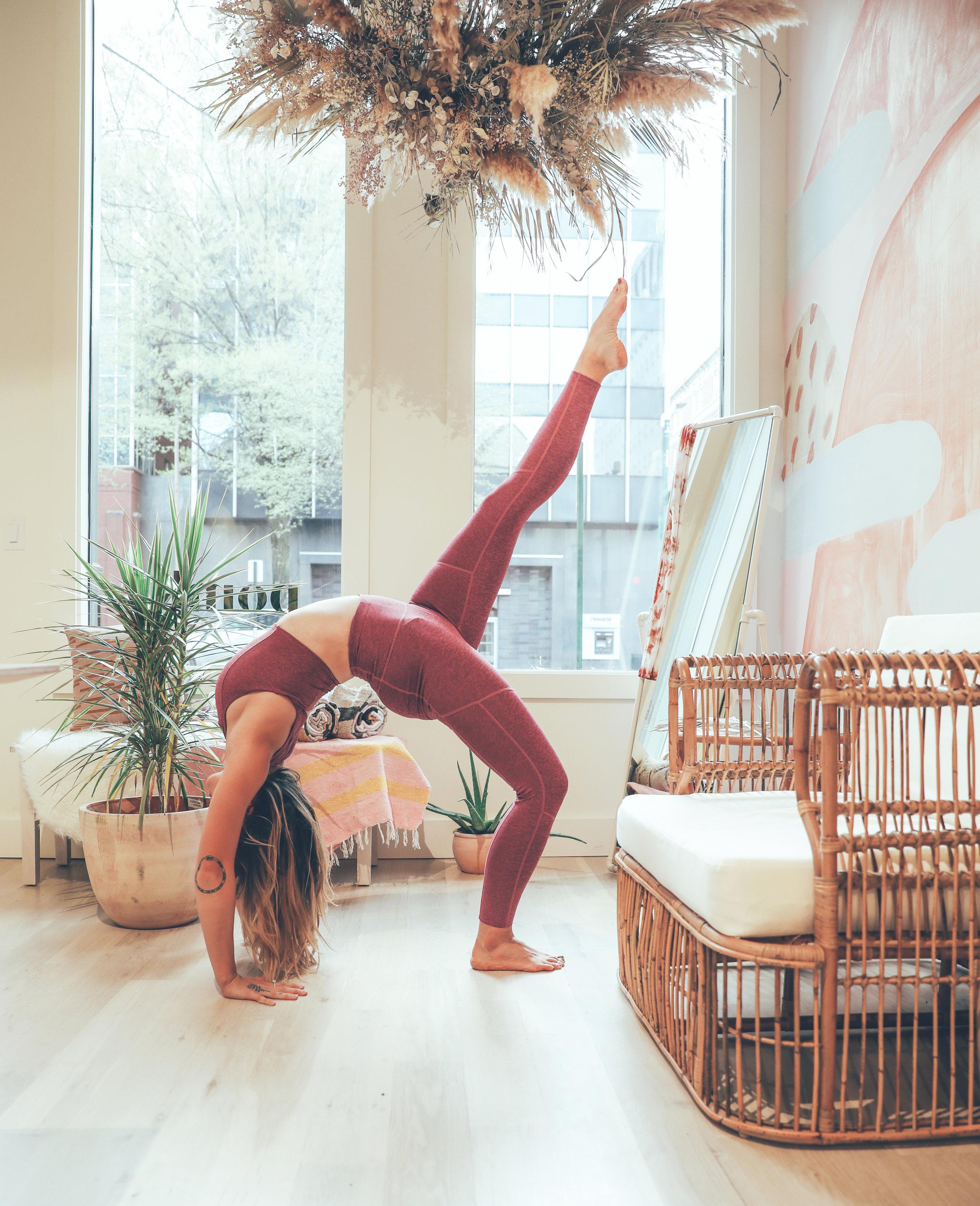 Margie_yoga_POMKT_009.jpg