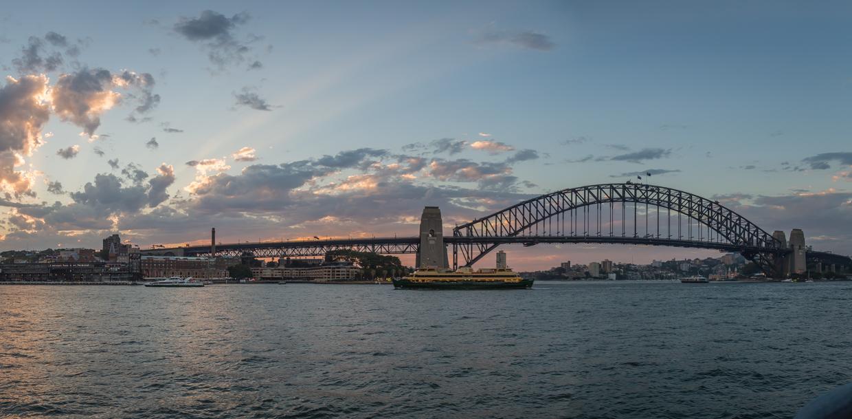 Sydney1-0504-Pano.jpg