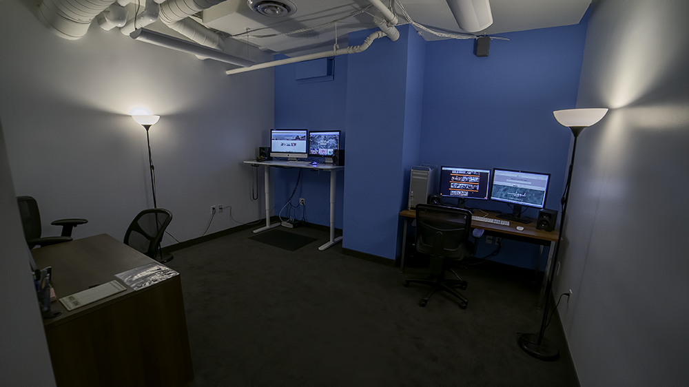 Edit 1 // iMac, MacPro, producer desk