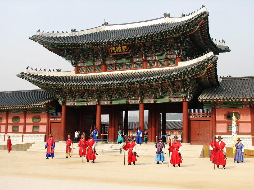 gyeongbokgung-discover-seoul-pass-bts
