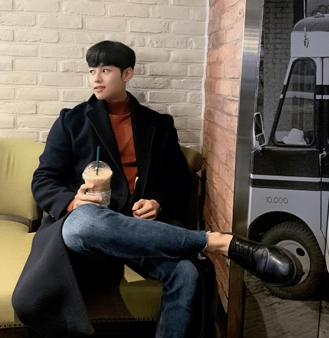 korean-model-social-media-instagram-influencer-@3ejin-3.png