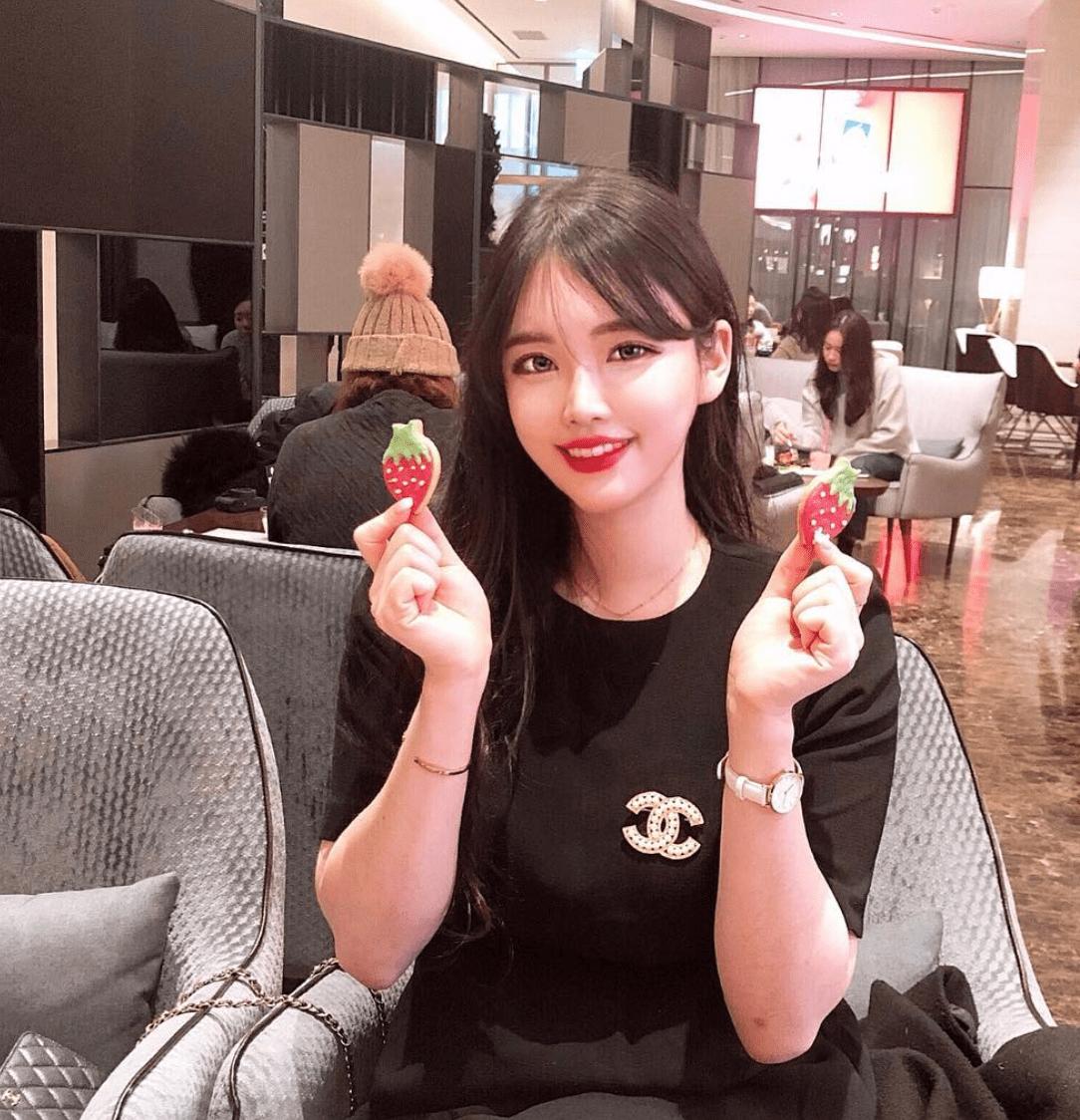 korean-instagram-model-social-media-infuencer-xoyeonee-4.png