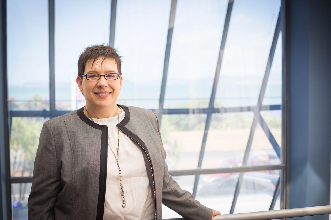 Amanda Santos CEO, Tekron International