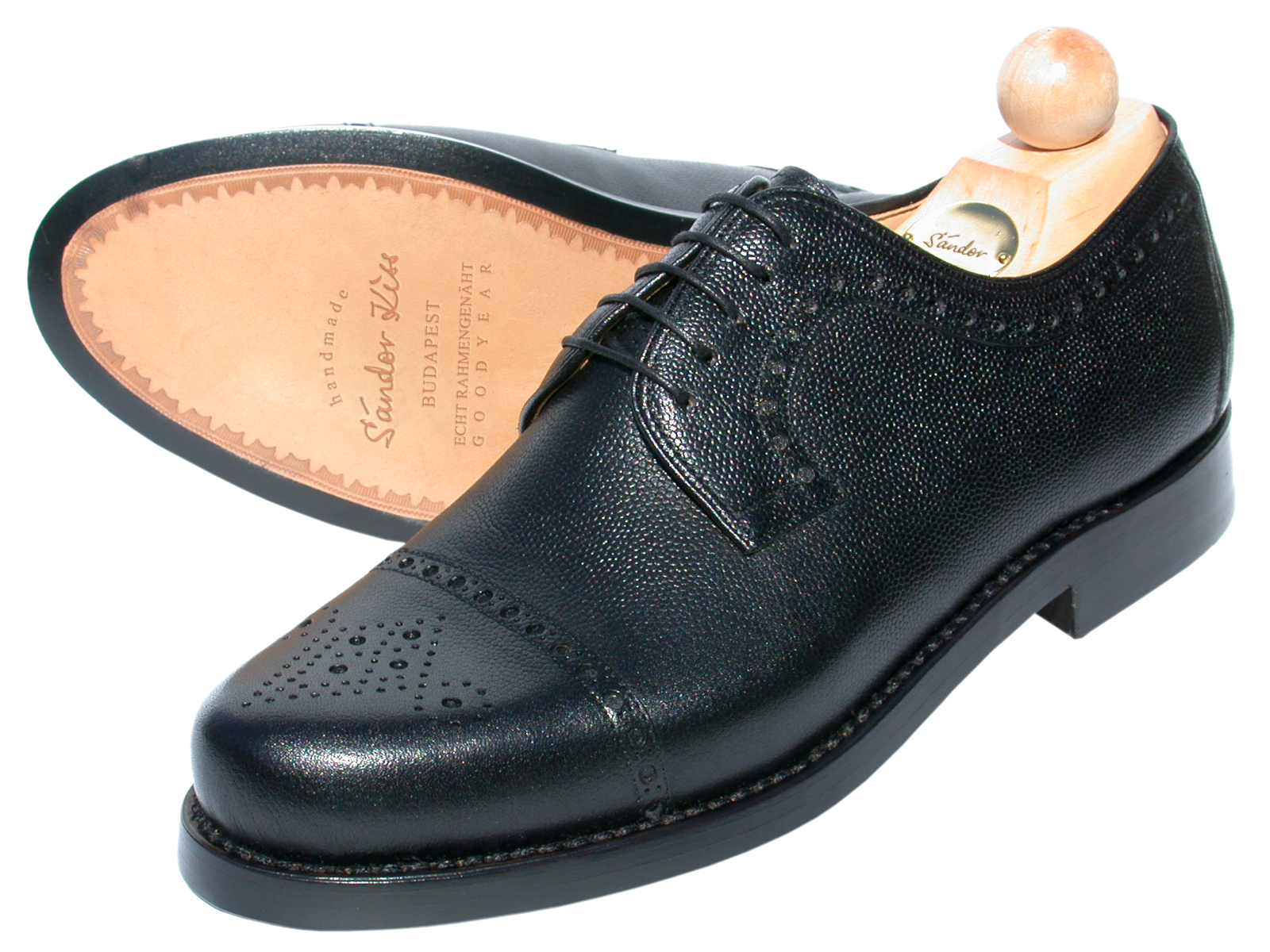 Semi-Brogue Scotch Grain schwarz