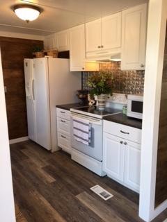 rdf bnb kitchen.jpeg