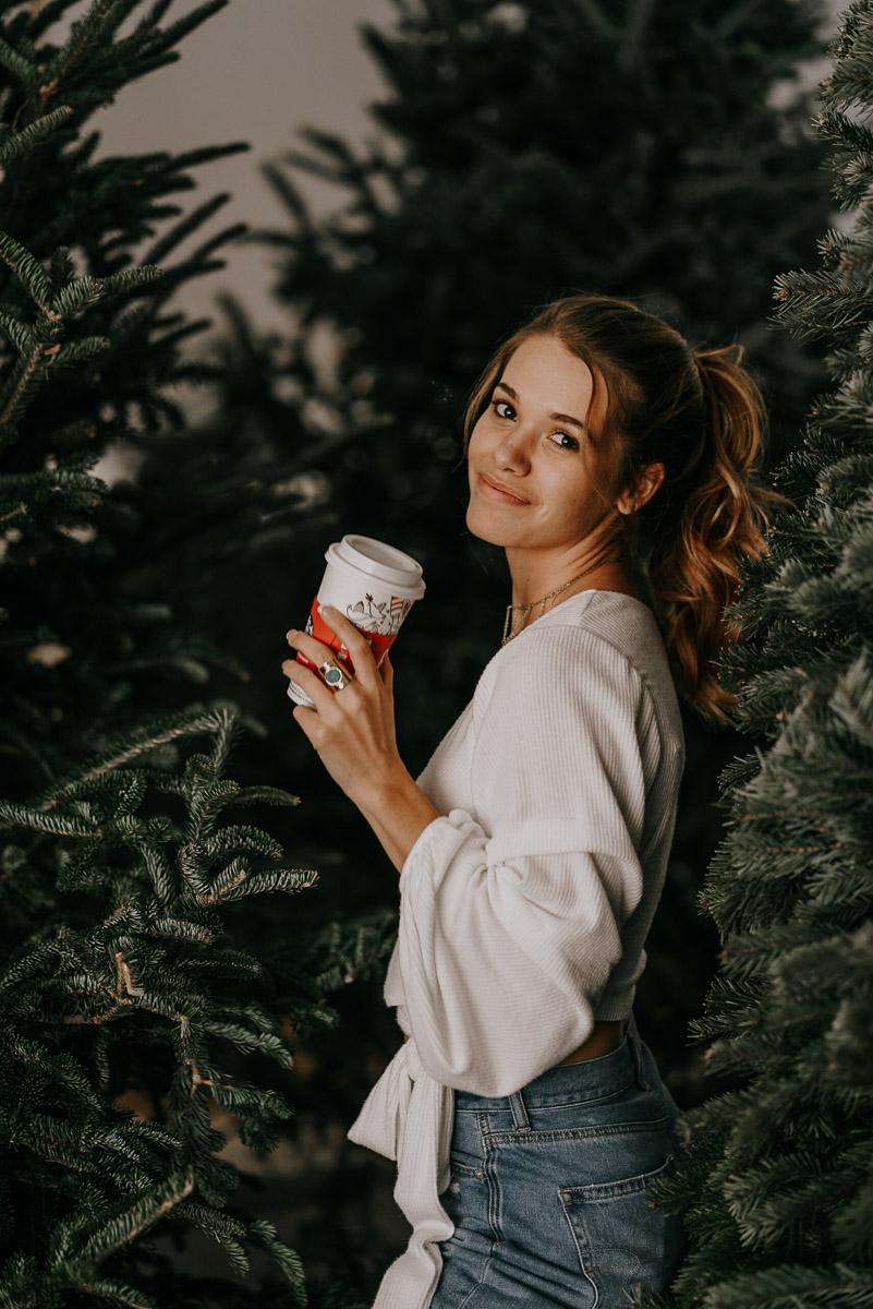 Christmas tree photoshoot-fort myers photographer-Rocky-555.jpg