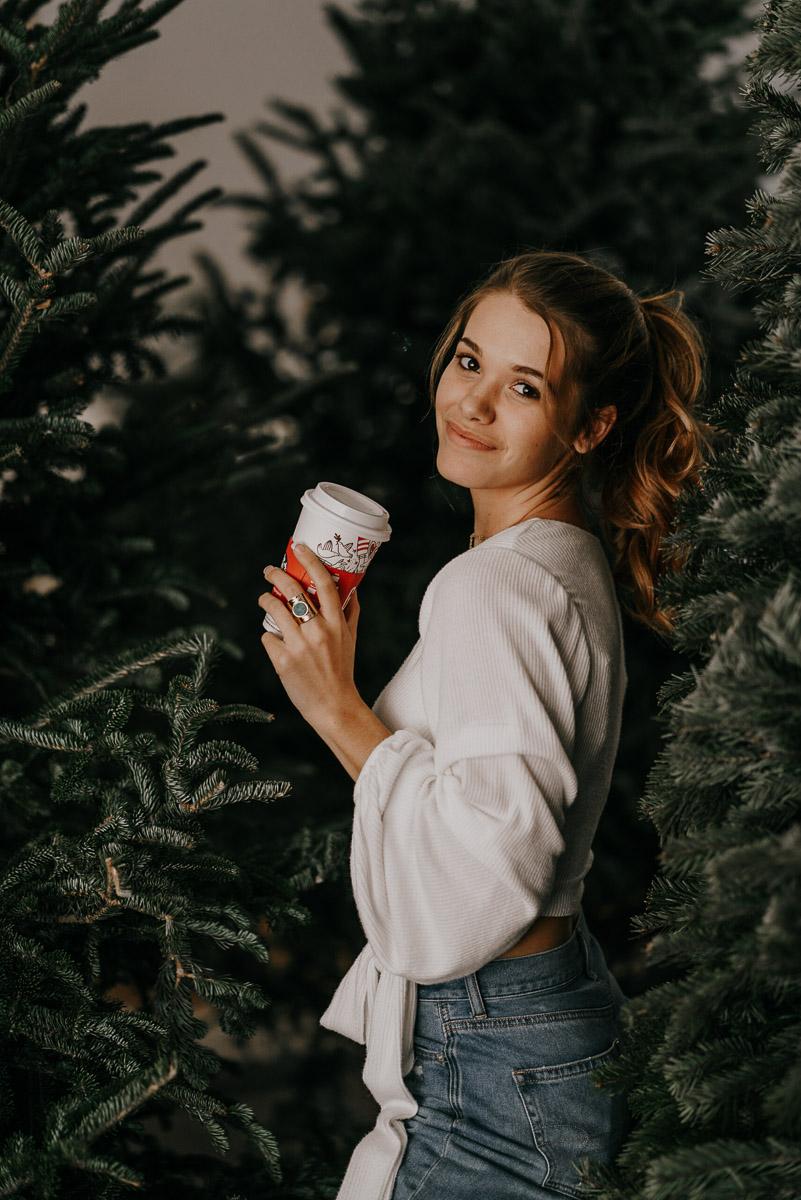 Christmas tree photoshoot-fort myers photographer-Rocky-556.jpg